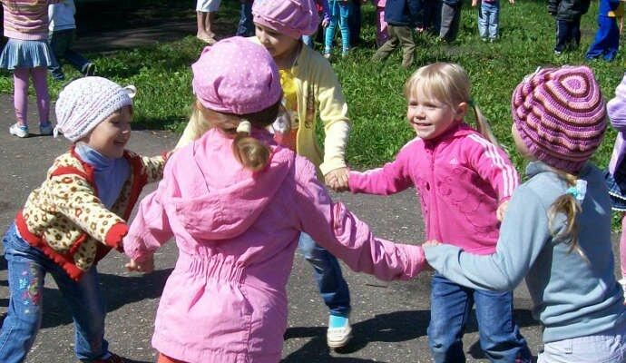 Игры подвижные для детей в детском саду